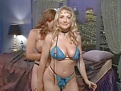 Danni Ashe в кровать с Erica Кэмпбелл