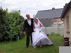 Femminilizzazione Nonnina La sposa