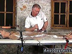 Мультфильмов мужчин в каучук кабалы геев Sebastian были парни C