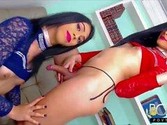 Bella pareja transexual latina de cámaras