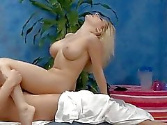 Masseuse gets astonished of slit pounding action