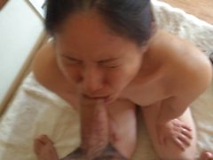 giapponese Naha puttana succhia cazzo per un dritto un'ora