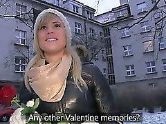 Fremd von der Straßen bumst Blondine im ihrer Wohnung