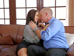 Morenaza Yougn Lola Foxx de los boobs sweet