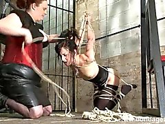 Kinky Elise Graves lesbian bondage and anced rope works of american