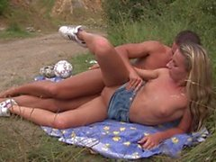 Naughty blonde and stud have hardcore fuck session during a pic nic