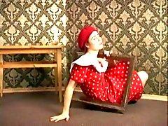 Katerina Hairy Stripper av TROC