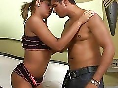 Tran Adolescentes intenta sexperiments