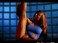 Hot Female Bodybuilder!