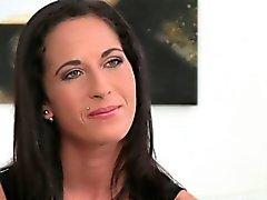 Детка есть первая лесбийский секс во кастинга