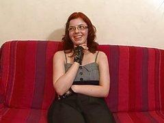 Iki adam ( Sıcak sahne ) ile Fransız redhead