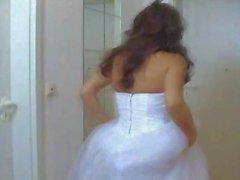 Flickan i hennes bröllop klänning Fucked hårt