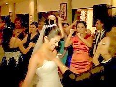 Cercò a tentoni tette of bride