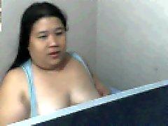 Полненькие Filipina мама ROWENA sotito показывает высасывает ее сиськи
