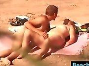 Strand Paar haben Sex erwischt