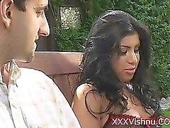 очень секси Индийская красоту сосания огромный петух