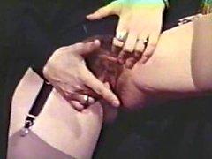 Лесбиянка Peepshow Loops пятьсот шестьдесят 70-х и 80s - Scene 4