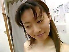 Harige amateur student met massage