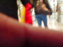 Ragazze adolescenti Seguito partire da Mall Tutte Il Way To TheTram