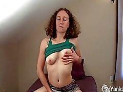 Amateur Nina masturbates her hairy pussy