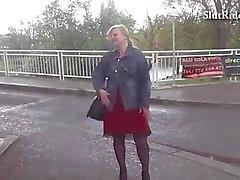 Vollbusig tschechische total Mütter fickt Fest bei Taxi