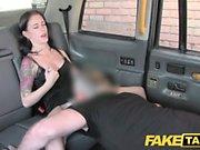 Fake Taksi Innocent amerikkalainen nainen saa perse perseestä
