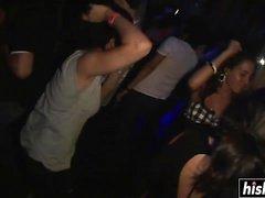 meninas sexy gosta de dançar na festa