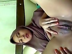 Hot And Horny Ricco indonesiana Bambina masturba