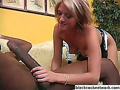 Bionda slut adorando vasta black dick