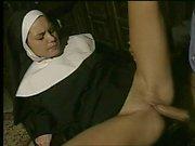 Geile Nonne ficken und Gesichtsbehandlung