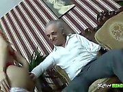 Handicapped старик трахается молодому блондинка подросток