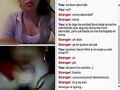Webcam flitser met cum op tong