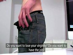 Sexy sikiş agent genç bir istemciler cock sucks