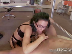 Big titties milf gets fucked