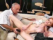 Dolly Piccolo sbattuto by antica uomo che ha preso cialis