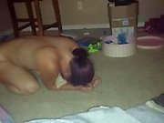 HOT HOT HOT Real amateur rub on the carpet