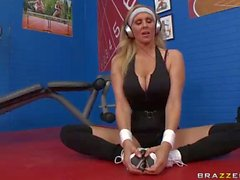 Busty Fitness MILF Julia Ann takes a schlong at the gym