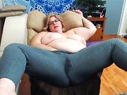 Curvaceous BBw milf takes a milk from big boobs