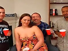 chubby partouze femme et ses bukkake