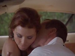 A Heather Vandeven , a Justine Joli - ' vida en Top' S1E01