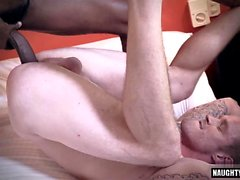 Hot homo interracial kanssa cum swap