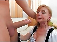Nina Hartley come cameriera