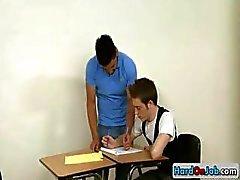 Leraar krijgt gezogen door zijn student part2