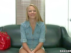 Blonde amatuer Brittney Cruise has arousing audition