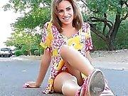 За пределами она действительно больше подглядывание под юбки на одной из улиц Наташе