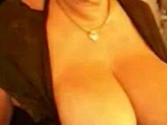 Alt Dicke Frauen Frau mit dem großen Titten und Spielzeugs auf Webcam zu