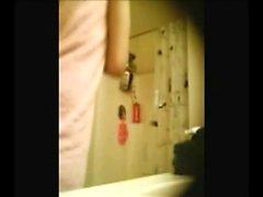 stepsister arabe 19 pris à la caméra espion