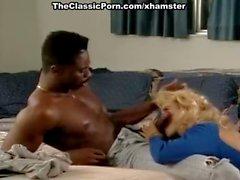 Чери Тэйлор Шоном Мичеелс классическими порно блондинка штрихов категории