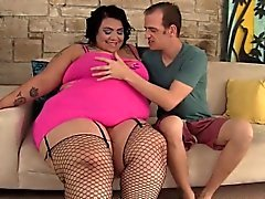 Chubby beauty Mia Riley hgets fucked hard