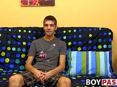 Sevimli esmer Max Morgan röportajı ardından mastürbasyon seansı